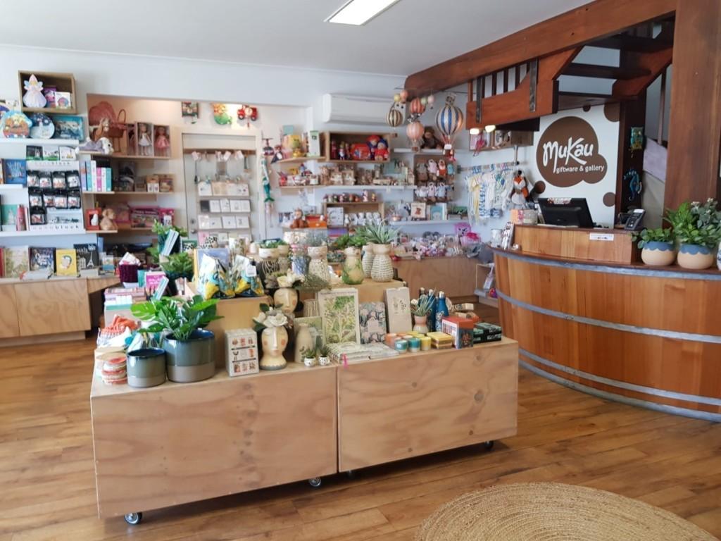 Mukau Giftware & Gallery